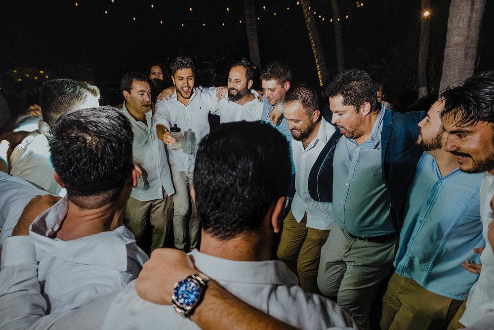 magali wedding photographer fotografo boda vallarta_65.jpg