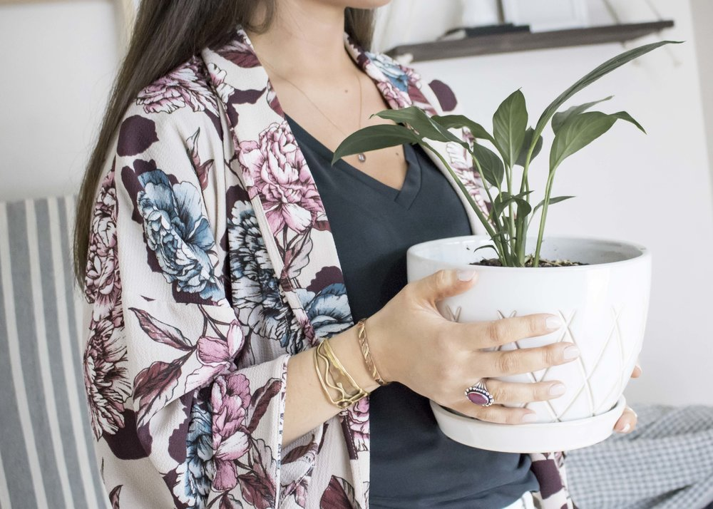 switch out your cardigan for this floral kimono. it makes a fun and lightweight layer for spring, summer, and even to bring some color into fall.