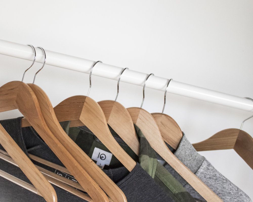 closet clean out - for a major haul or seasonal purge, use this guide to clear your clutter.