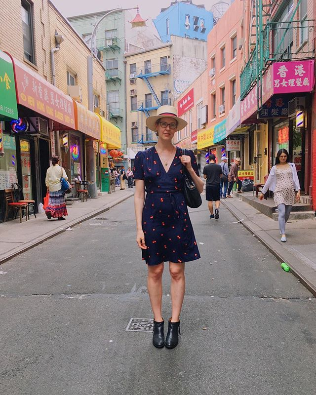 Self-drafted 🍒 wrap-dress, in Chinatown for dim sum. @cottonandsteel #fruitdotsfabric #handmadewardrobe #patterndrafting