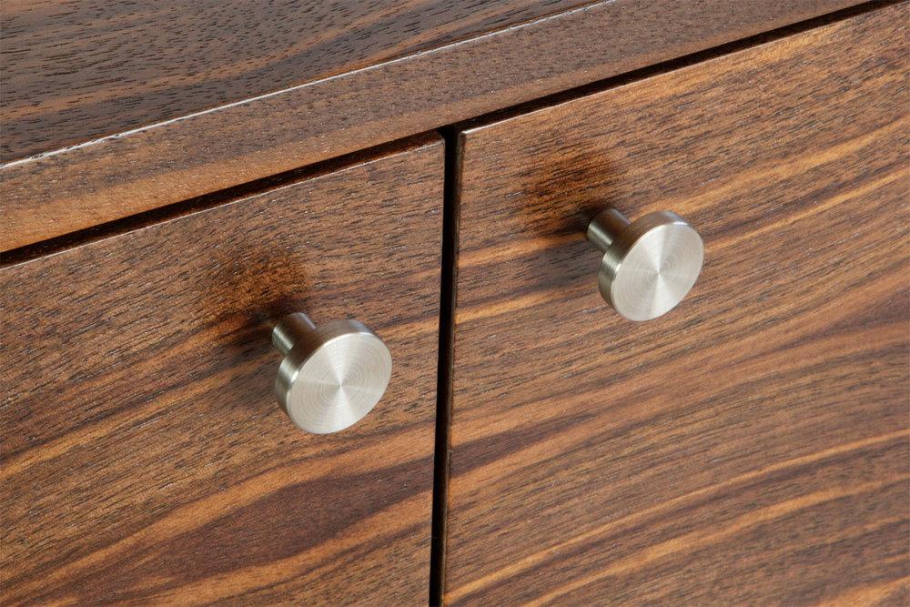 materials-steel-pulls-harris-rubin.jpg