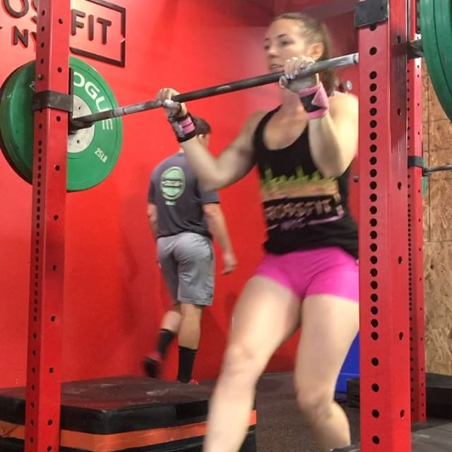 Jerk PR today!  Worked up to 153# today for a 10# PR.  Pretty ugly but it counts in crossfit. 😝 Shout out to @croissant_face for being the best barbell helper(swipe ➡️) and making fun of my munchkin sized rack setting. 😹