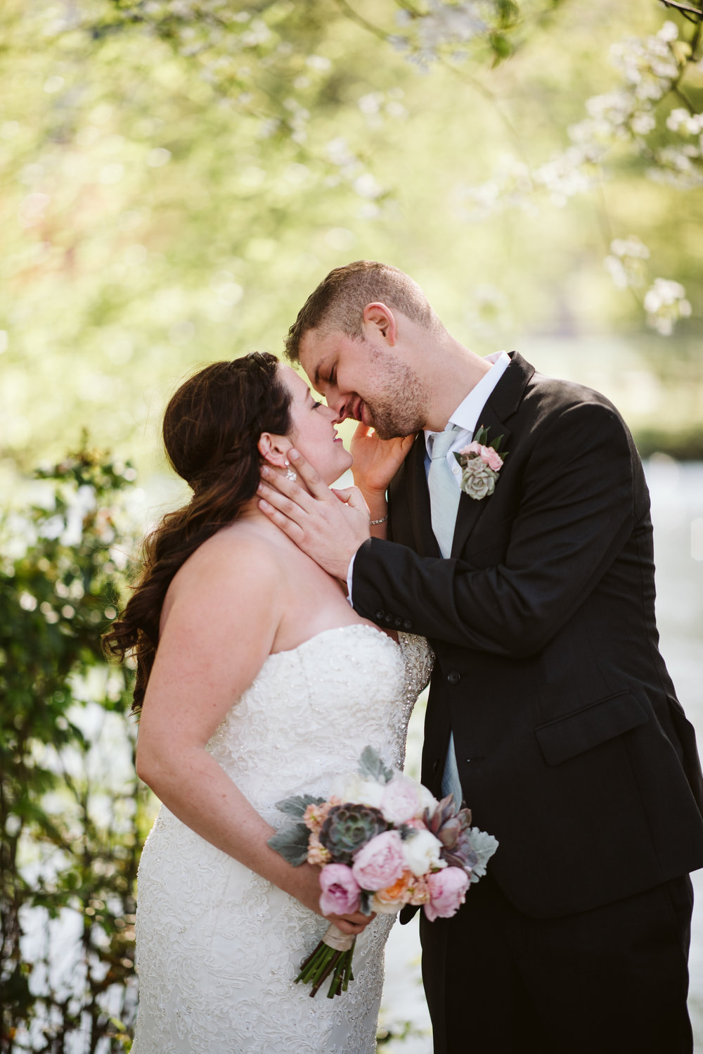 Caitlin + Matt_sneak previews-19.jpg