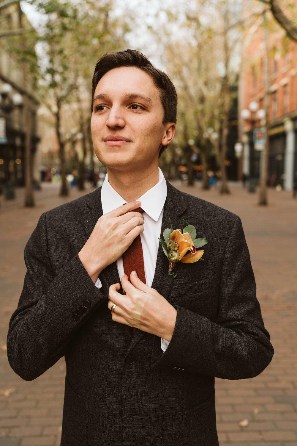 April Yentas Photography - Big Fake Wedding Seattle-235.jpg