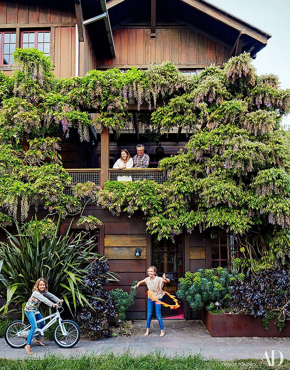 Berkeley-CA-Hills-House-Exterior-Garden-Studio-Geiger-Sustainable-Architecture.jpg