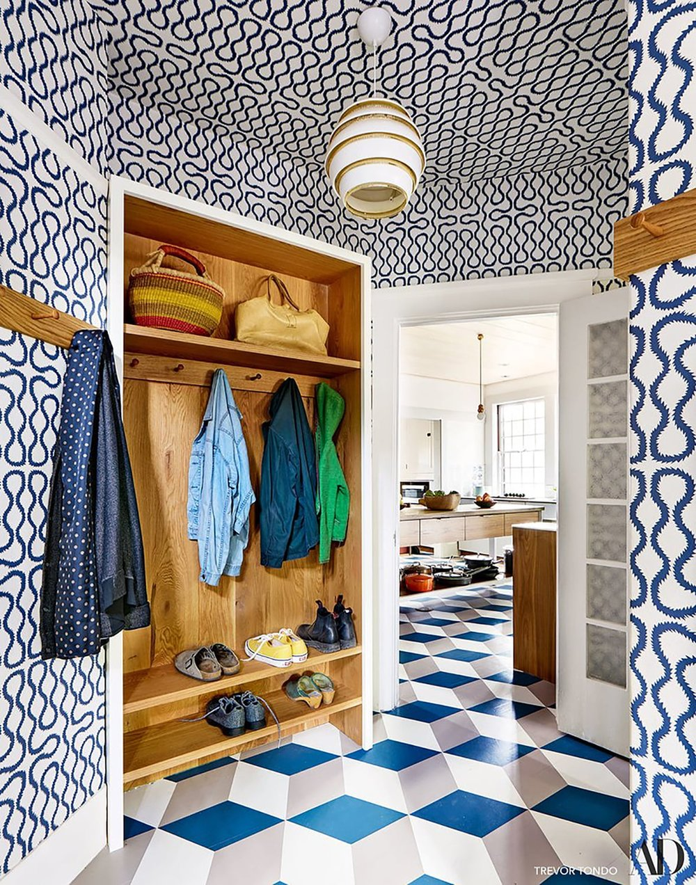Berkeley-CA-Hills-House-Colorful-Mudroom-Patterns-Studio-Geiger-Architecture.jpg
