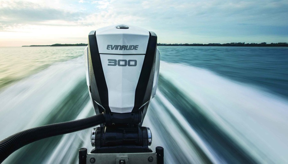Evinrude is all in on 2-stroke technology and their G2 outboard is leading in power, emissions and fuel consumption. Innovative rigging, unique design and integrated hydraulic steering are some of the differentiating features. Looks good from this angle.