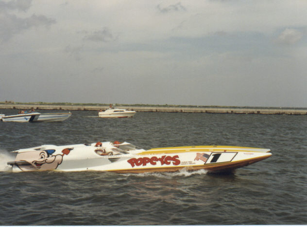 Popeyes - Chuck Norris' Popeyes 50 foot, Superboat class raceboat.