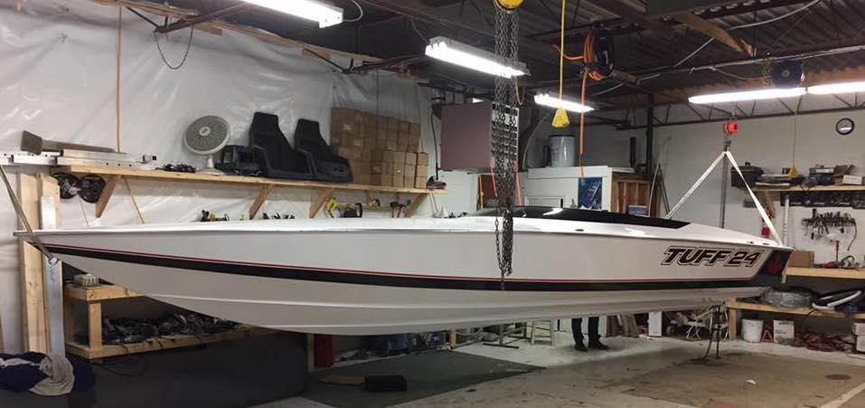 The Tuff 24 has beautiful proportions, with it's long deck and narrow 7' beam.