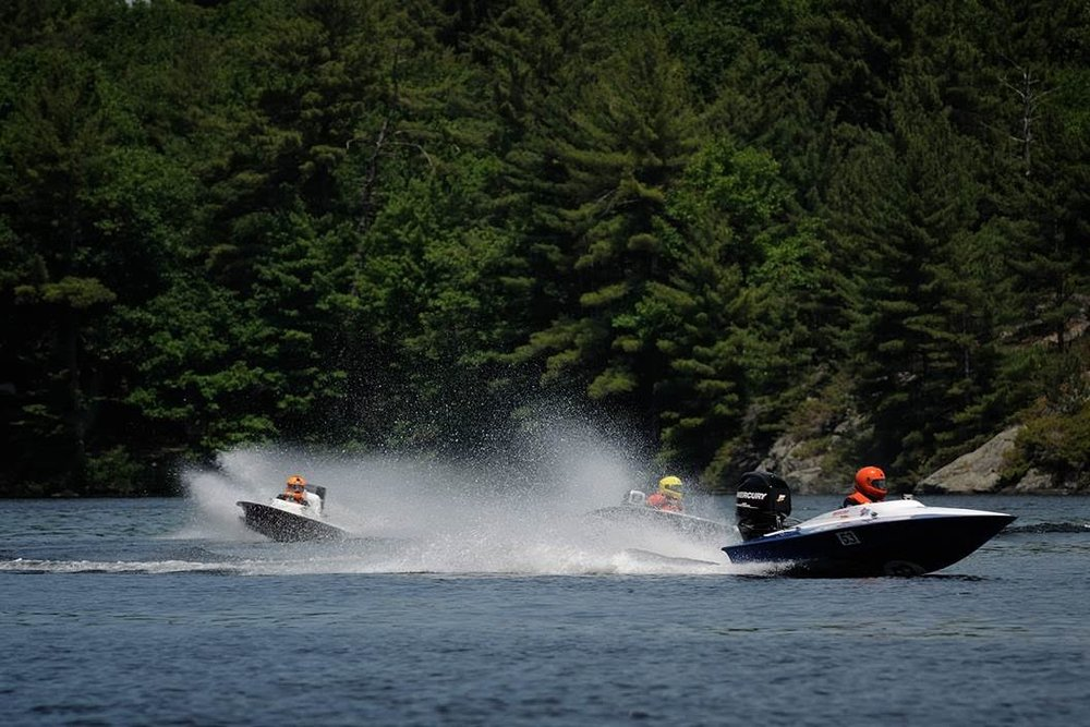 The Rapid Craft Cyclone with the Mercury Racing Formula Race 60 HP does great against the old 2-strokes. Tom's hull is a little heavier but it can handle better that way too. Ontario Canada. (Photo credit:Matt Makauskas)