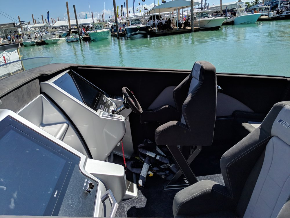 Unique to the 515 boat is the screen only displays, typically Cigarette uses a gauges and screens for displays.