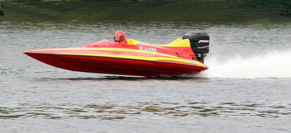 Allison Boats are race boats, pleasure and fishing boats, but all are based on the most efficient design possible. Darris has always designed for efficiency.