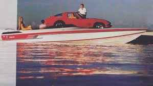Classic - An old ad with a 26 CV and a Corvette. The guy with the Vette, wishing he was in the boat.