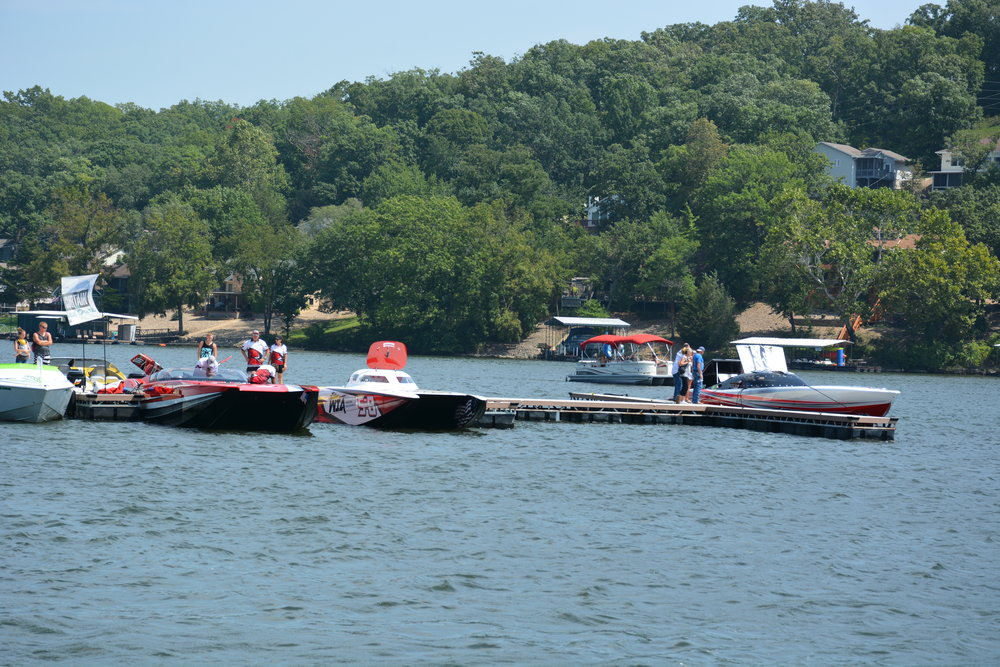 Lake of the Ozarks 2018 boats.JPG