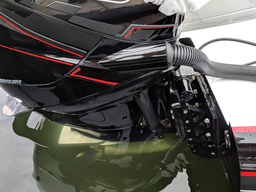 Shaun Torrente's STR X-ACT brackets are the most widely used on big outboard cats.