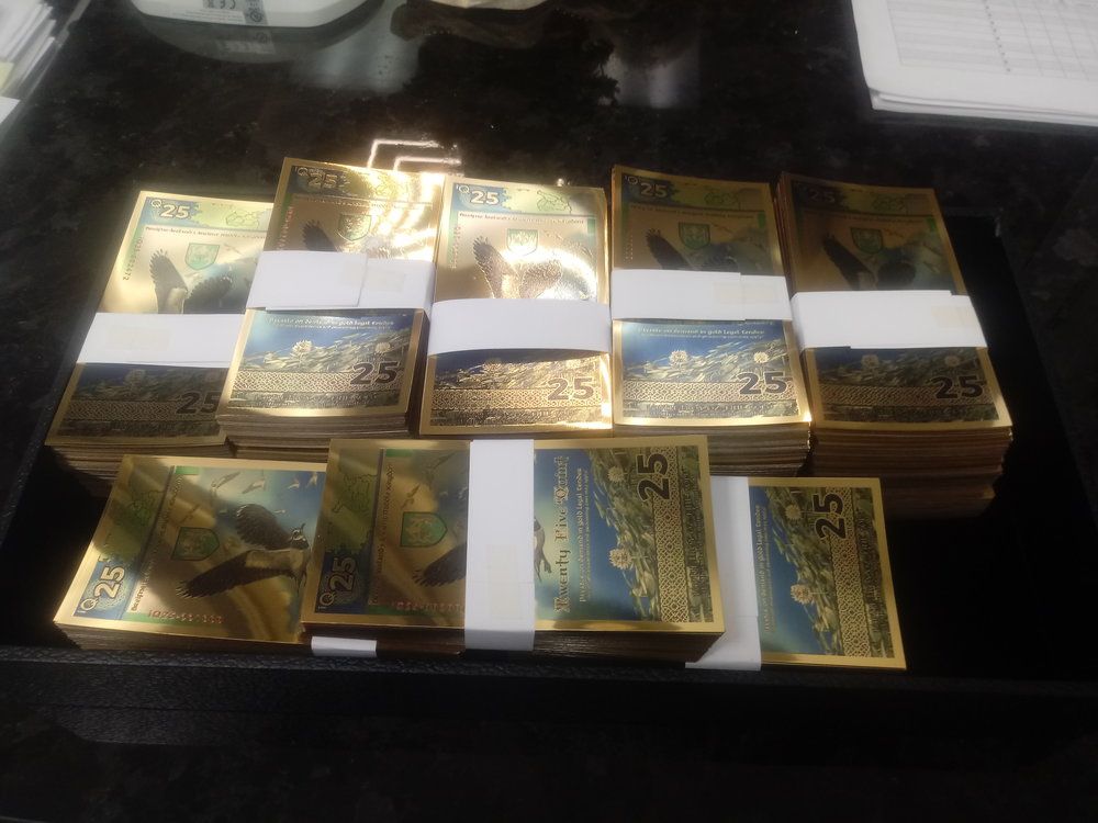 Quintric has issued the world's first gold certificates backed by gold coins. These bills are excellent because they contain 20% of the gold that they are redeemable for in increments of 1000 Quint. Quint users may redeem 25 Quint for one of these limited edition notes.