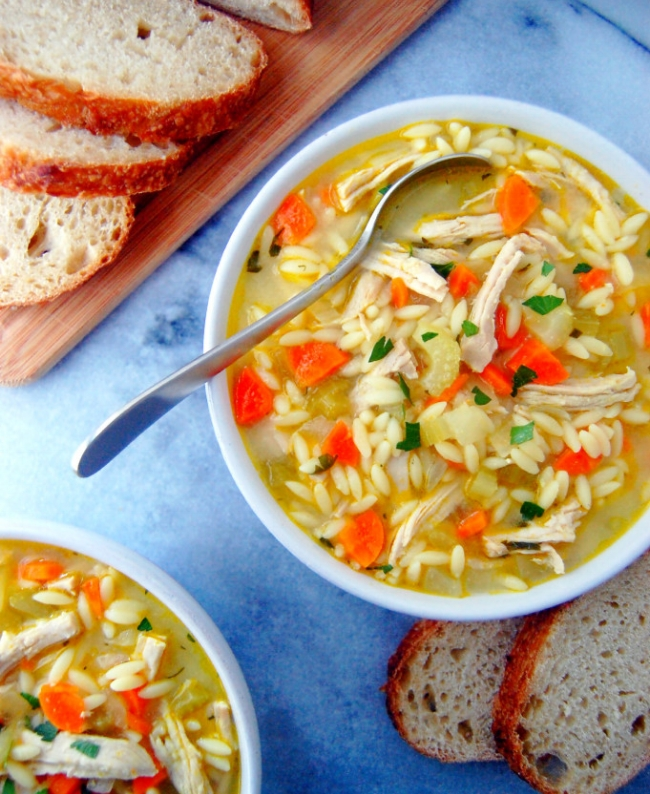 Turkey-and-Orzo-Soup-filled-with-aromatic-vegetables-lemon-juice-and-parsley-for-a-fresh-touch-uprootfromoregon.com_-681x1024.jpg
