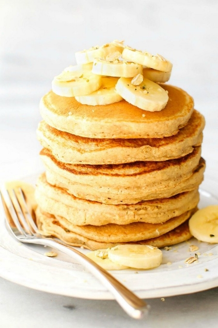Fluffy-Banana-Smoothie-Pancakes-4.jpg