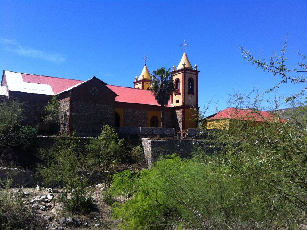2-rancho_exterior.jpg