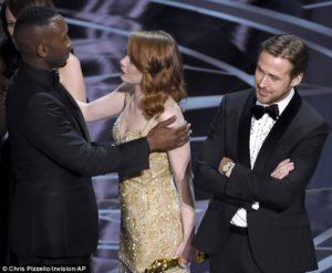 6.Oscars-300x247.jpg