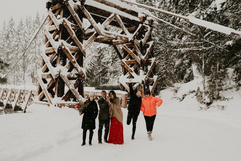 Mount-Rainier-Snow-Winter-Elopement-Adventure-Photographer2-53.jpg