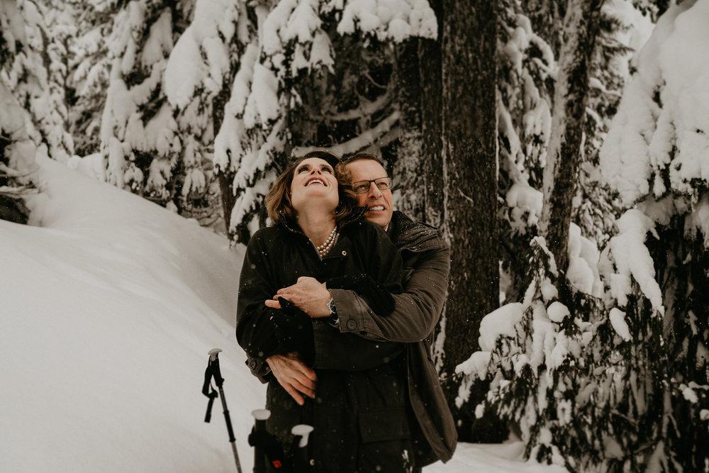 Mount-Rainier-Snow-Winter-Elopement-Adventure-Photographer2-60.jpg