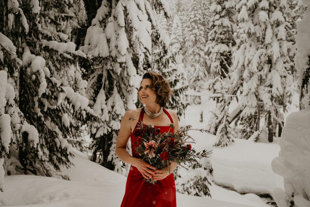 Mount-Rainier-Snow-Winter-Elopement-Adventure-Photographer2-63.jpg
