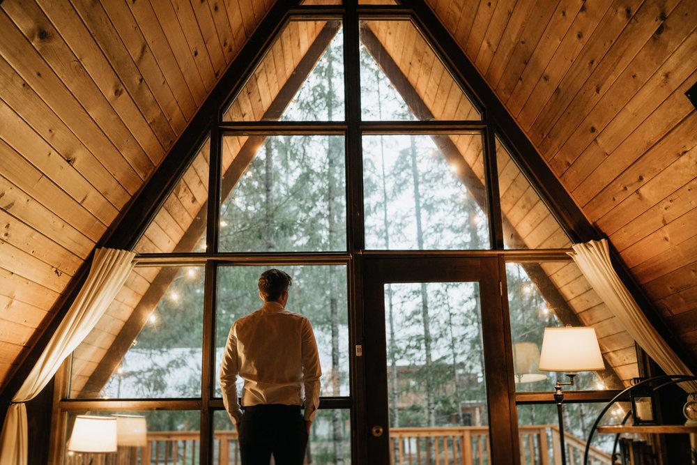 Mount-Rainier-Elopement-PNW-Intimate-Rain-Cabin-Seattle-Wedding-National-Park-Portland-Oregon-Pacific-Northwest-Outdoor-13.jpg