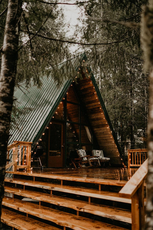 A-frame cabin in packwood Washington near Mount Rainier National Park