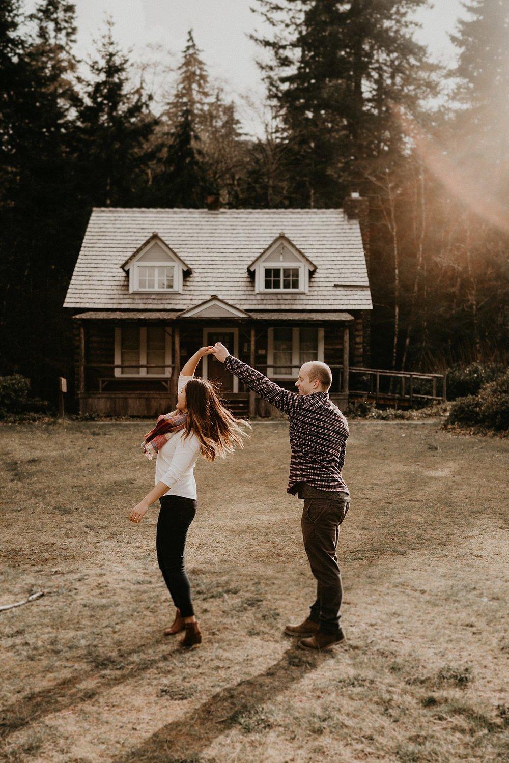 Lake-Crescent-Mount-Storm-King-Hiking-Adventure-Engagement-Seattle-Wedding-Photographer_0039.jpg