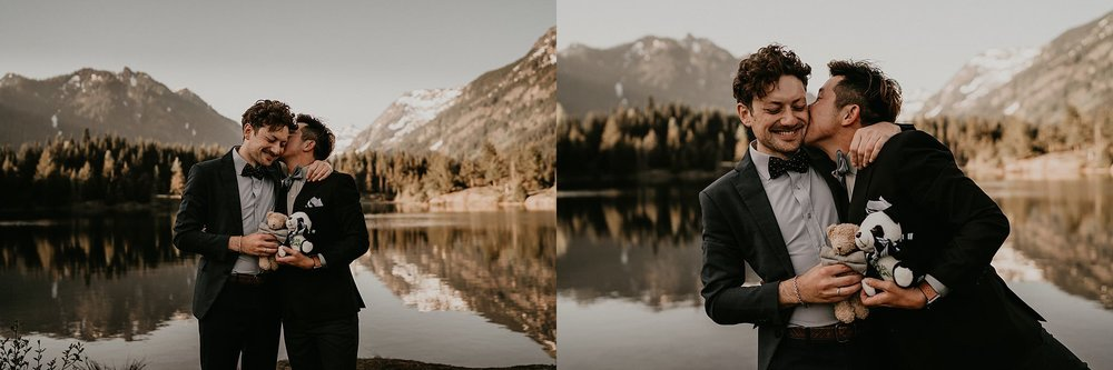 Alpine lake elopement in the Pacific Northwest