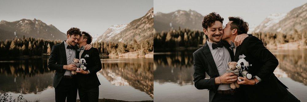 Gold-Creek-Pond-Elopement-Pacific-Northwest-Washington-Mountain-LGBT-Gay-Wedding_0028.jpg