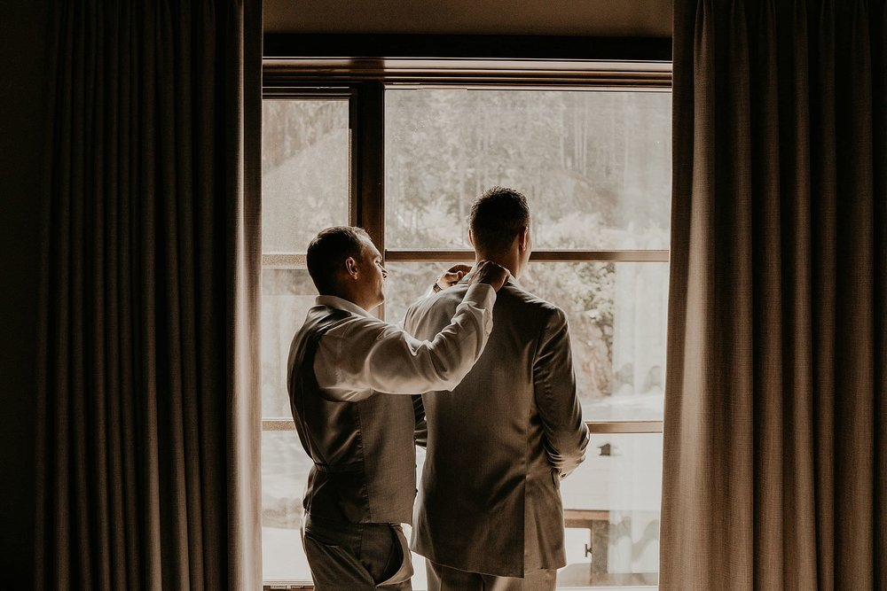 whistler-mountain-helicopter-elopement-wedding_0024.jpg
