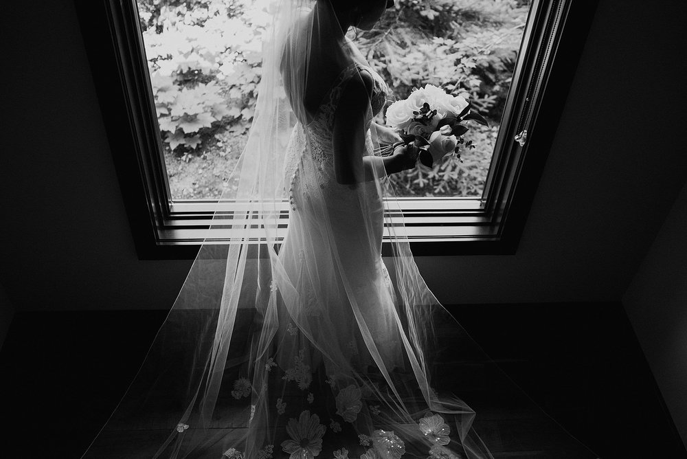 whistler-mountain-helicopter-elopement-wedding_0034.jpg