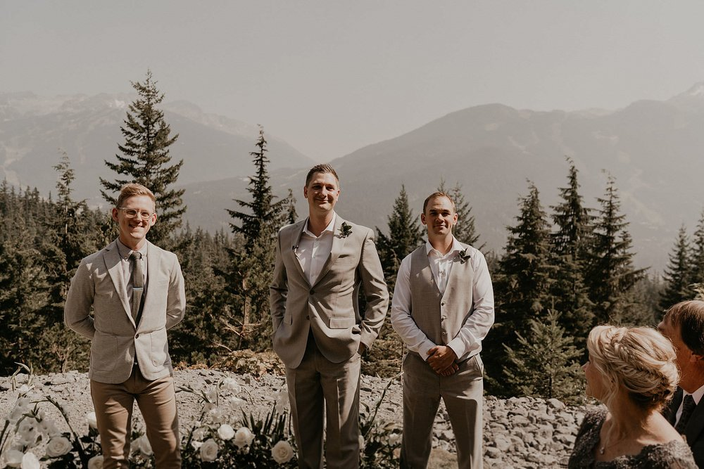 whistler-mountain-helicopter-elopement-wedding_0044.jpg