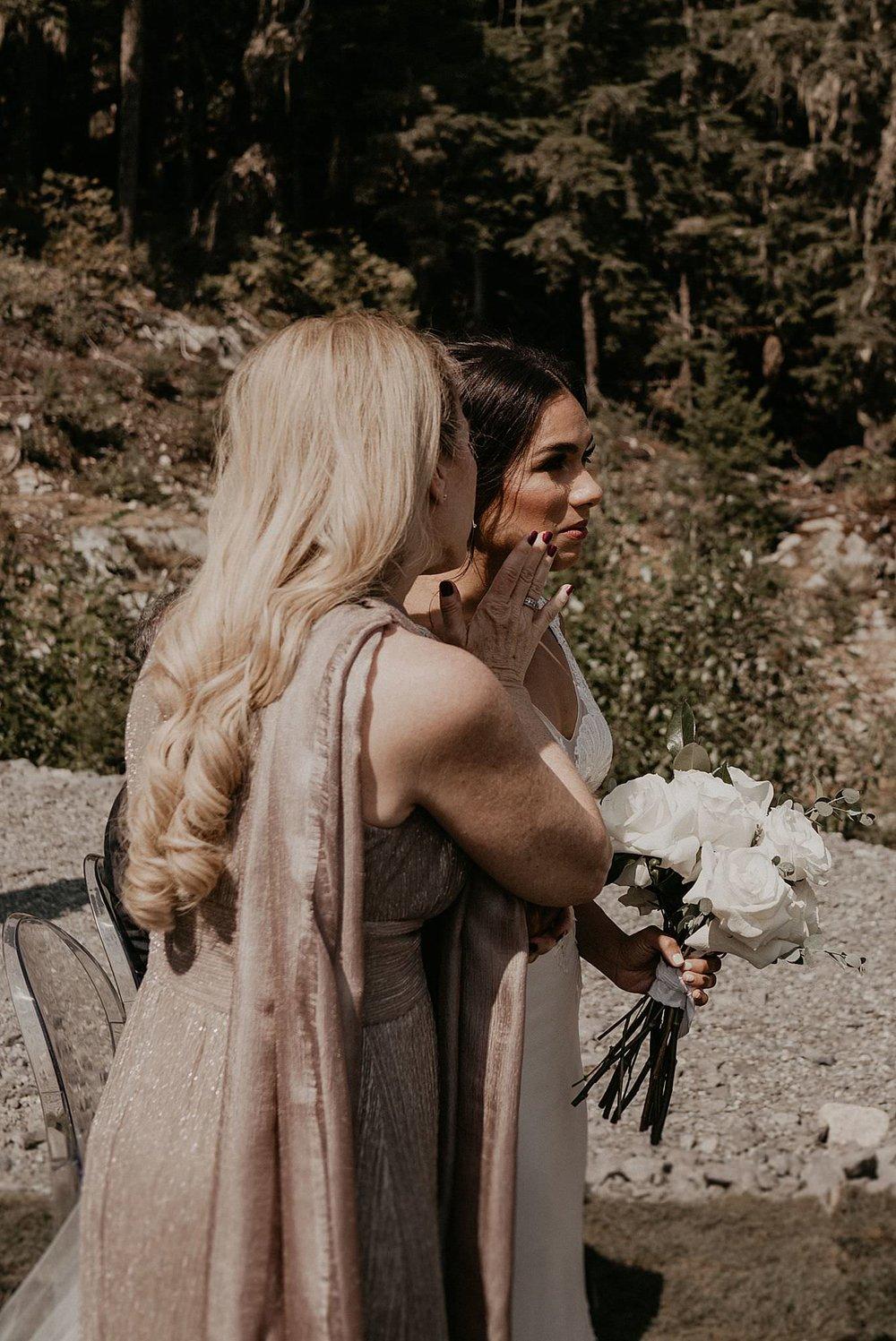 whistler-mountain-helicopter-elopement-wedding_0049.jpg