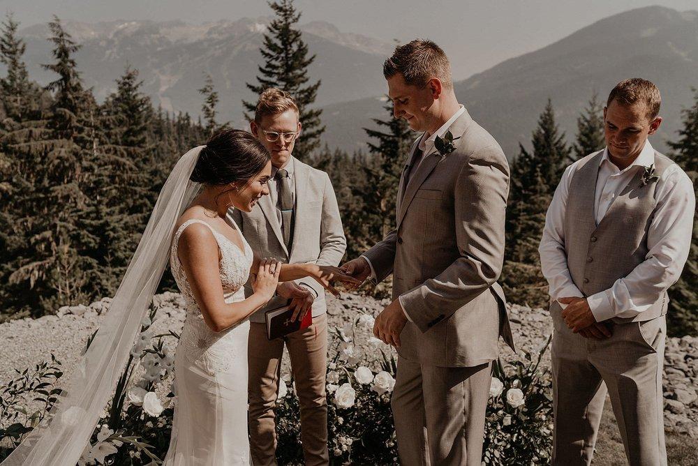 whistler-mountain-helicopter-elopement-wedding_0059.jpg