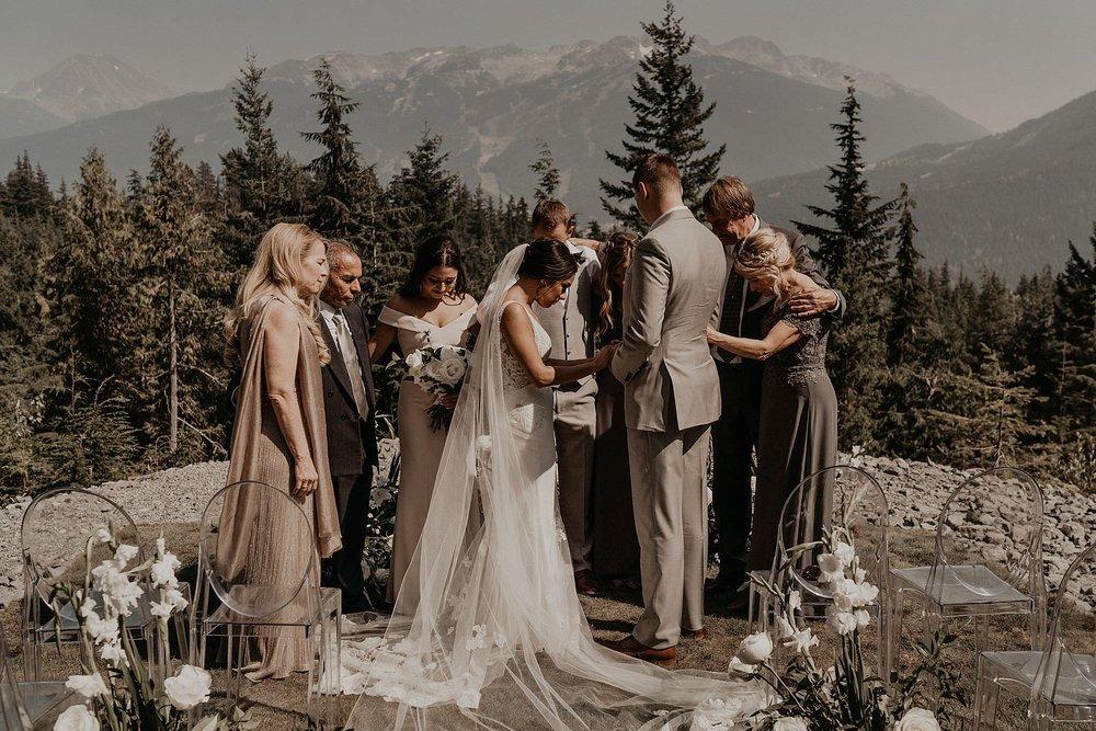 whistler-mountain-helicopter-elopement-wedding_0060.jpg