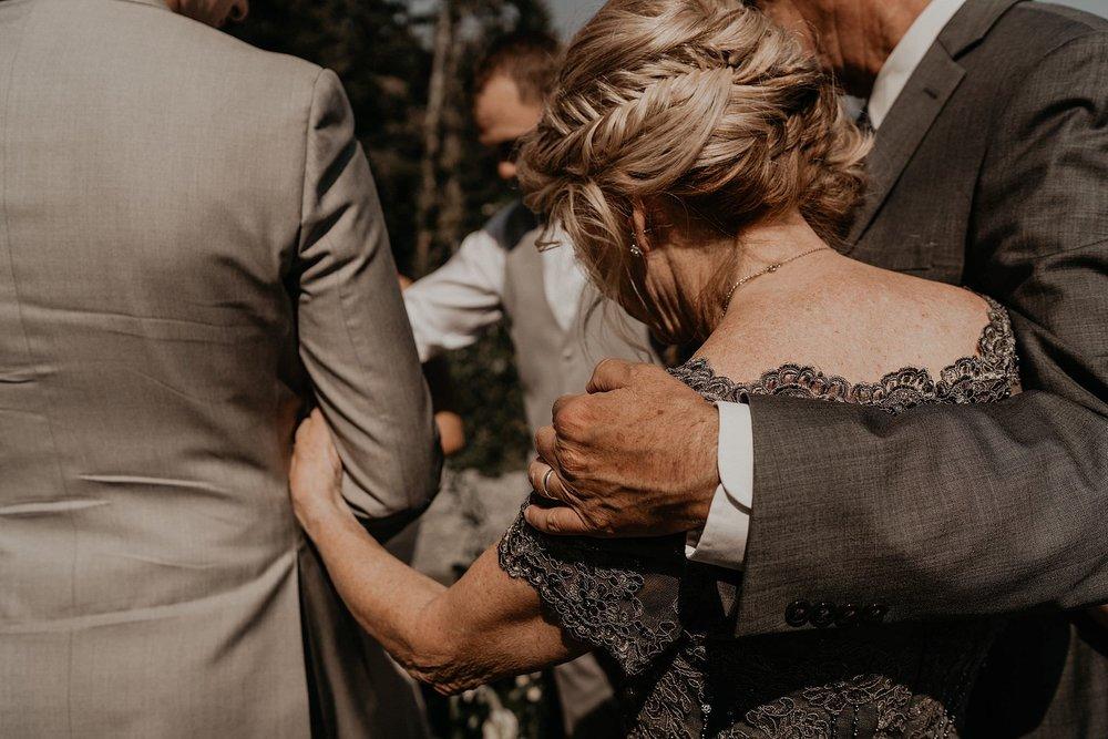 whistler-mountain-helicopter-elopement-wedding_0063.jpg