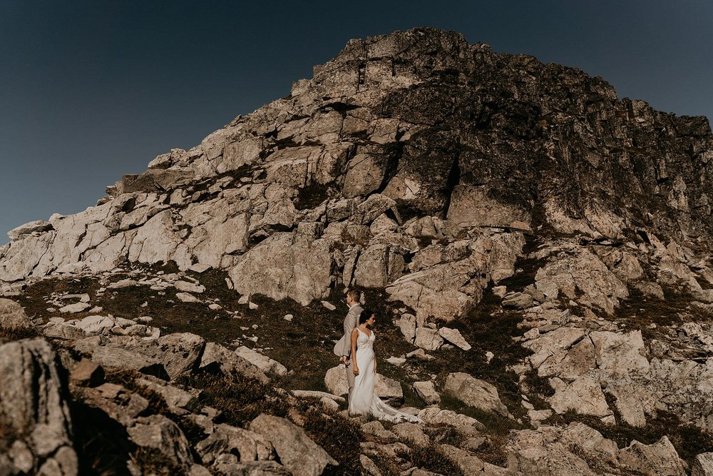 whistler-mountain-helicopter-elopement-wedding_0107.jpg