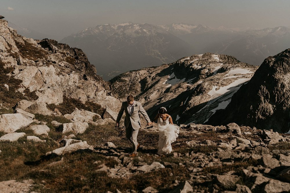 whistler-mountain-helicopter-elopement-wedding_0108.jpg