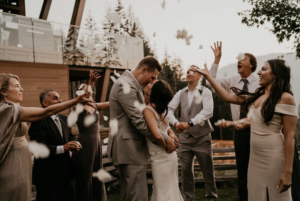 whistler-mountain-helicopter-elopement-wedding_0166.jpg