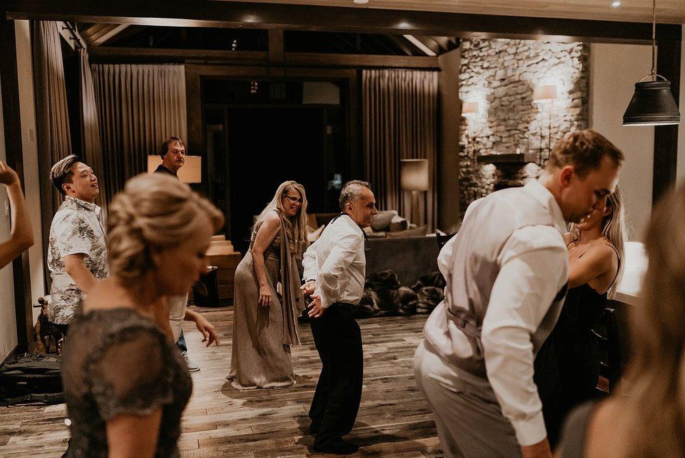 whistler-mountain-helicopter-elopement-wedding_0178.jpg