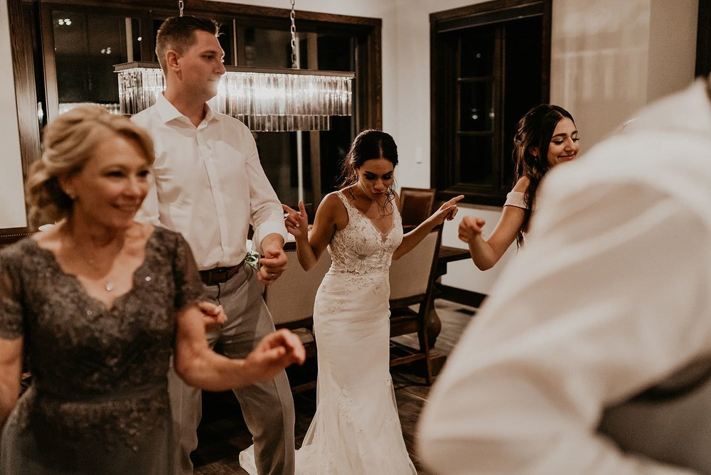 whistler-mountain-helicopter-elopement-wedding_0179.jpg