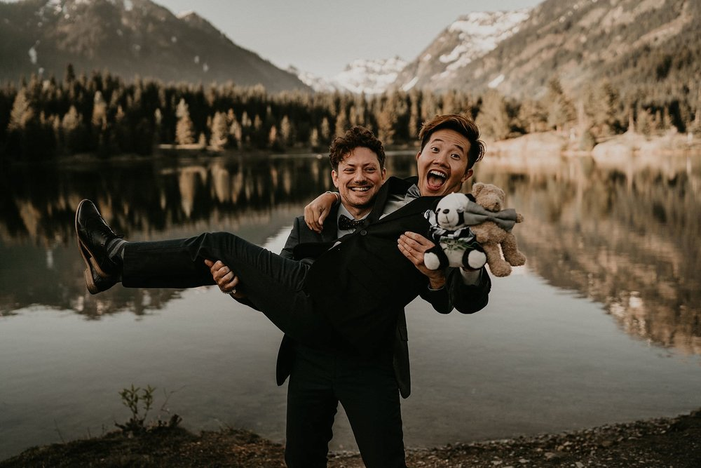 Gay wedding photographer in Seattle Washington