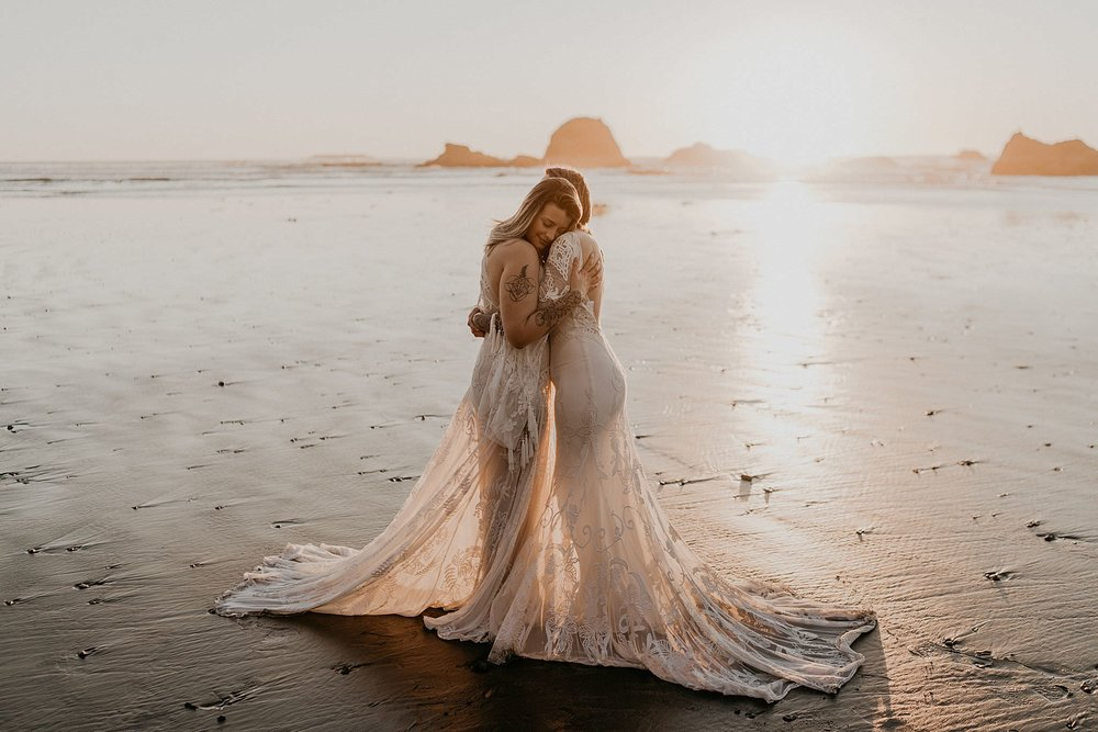 Beach elopement with bohemian Rue De Seine wedding dresses at Ruby Rialto and La Push in Olympic National Park