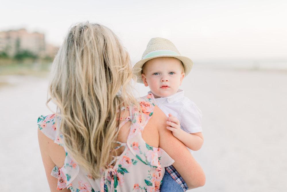 florida-fort-myers-beach-family-photographer-elegant-moments-by-stella-1.jpg