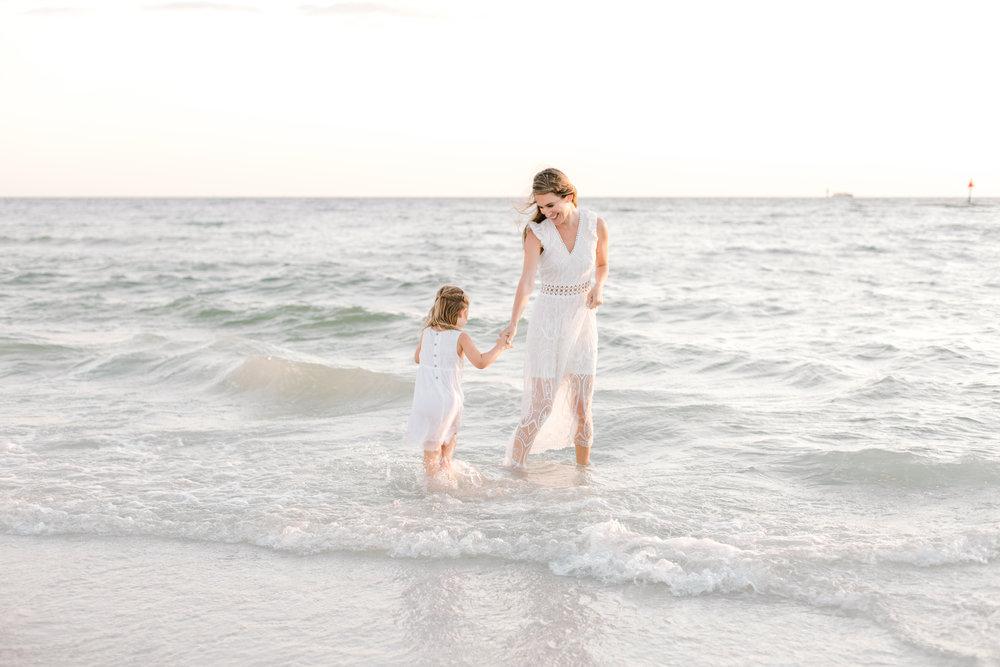 florida-marco-island-family-photographer-elegant-moments-by-stella-5.jpg