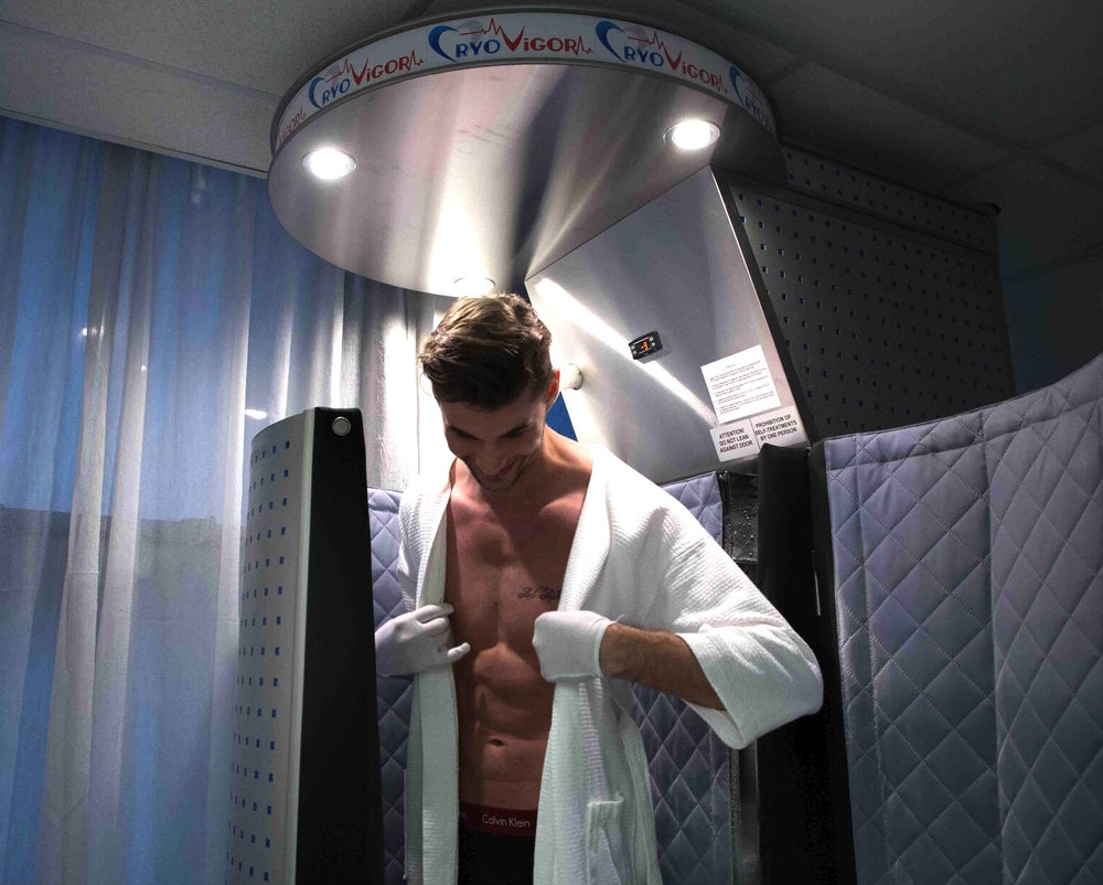 WHOLE BODY CRYO - Just 1-2-3 minutes in a cold, dry air sauna will flush inflammation, increase oxygen and enzymes in the blood while boosting your immune system and stimulating collagen production.BOOK APPOINTMENT