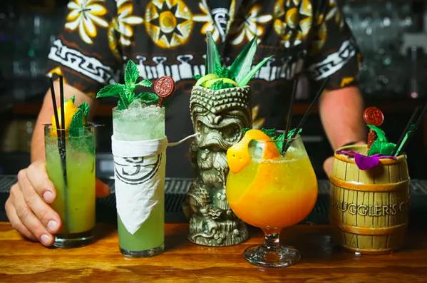 Tiki Bar Bar Magnolia